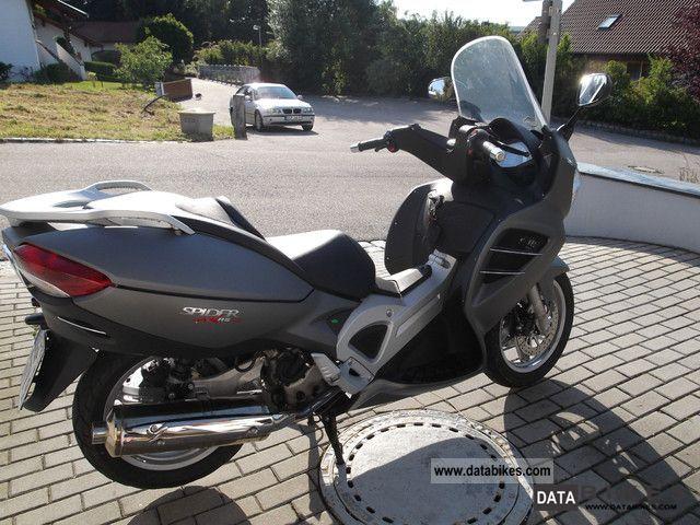 2010 Malaguti  500 Motorcycle Scooter photo