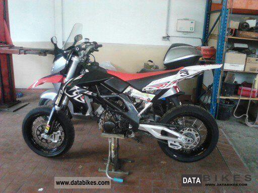 2007 Aprilia  SXV 450 Motorcycle Super Moto photo