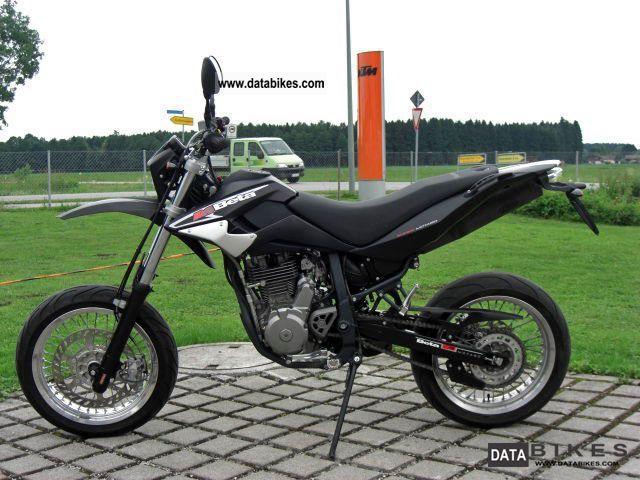 2007 Beta  M4 Supermoto Motorcycle Super Moto photo