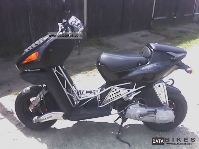 2000 Italjet  DRG Motorcycle Scooter photo