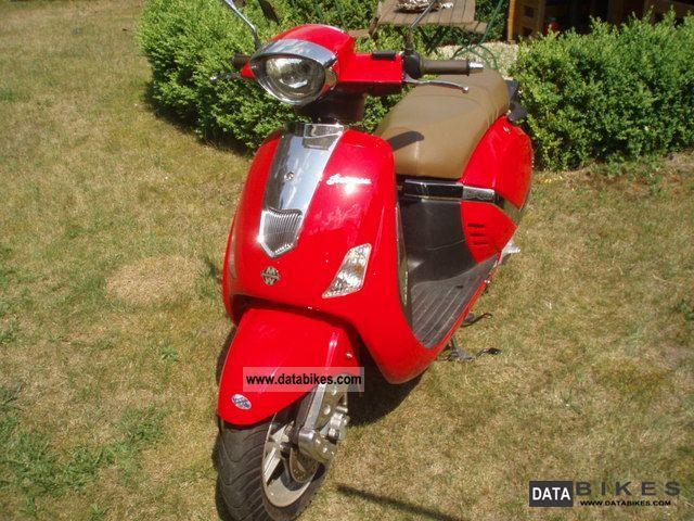 Motowell  Retrosa 2011 Scooter photo
