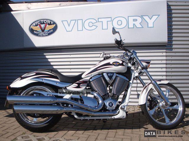 2012 VICTORY  Jackpot Motorcycle Chopper/Cruiser photo