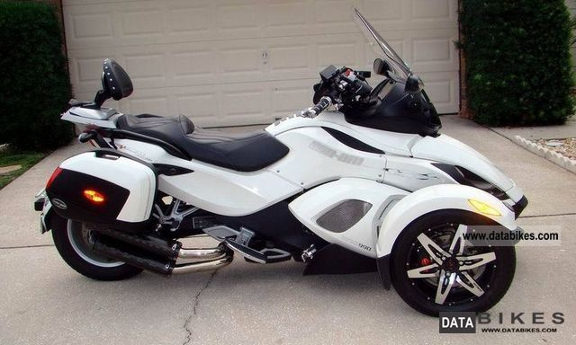 Can Am  RS-S SE-5 Limited Edition 2010 Naked Bike photo