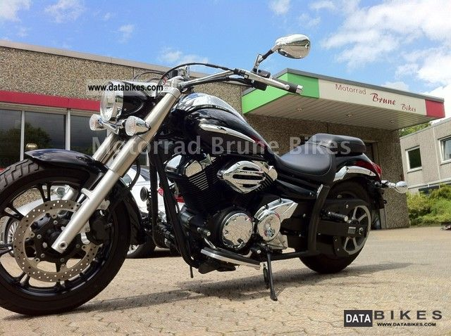 2010 Yamaha  XVS 950 Midnight Star / new condition / only 1683KM Motorcycle Chopper/Cruiser photo