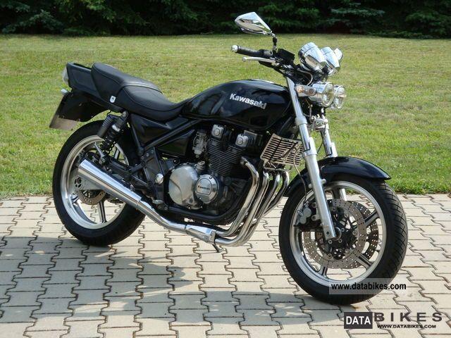 1993 Kawasaki  ZR550B (Zehpyr) Motorcycle Naked Bike photo