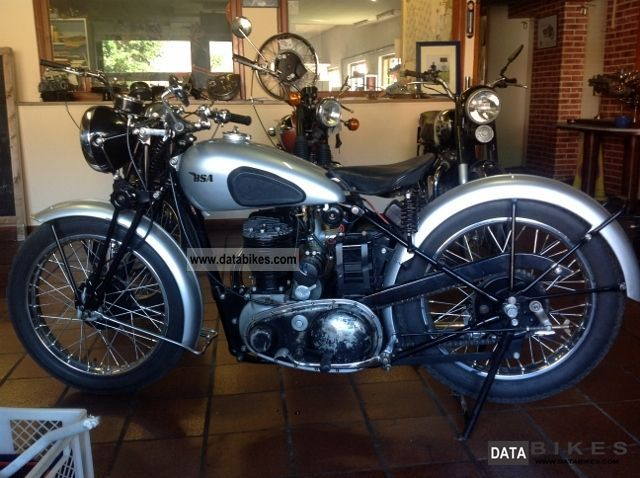 BSA  M20 1942 Vintage, Classic and Old Bikes photo