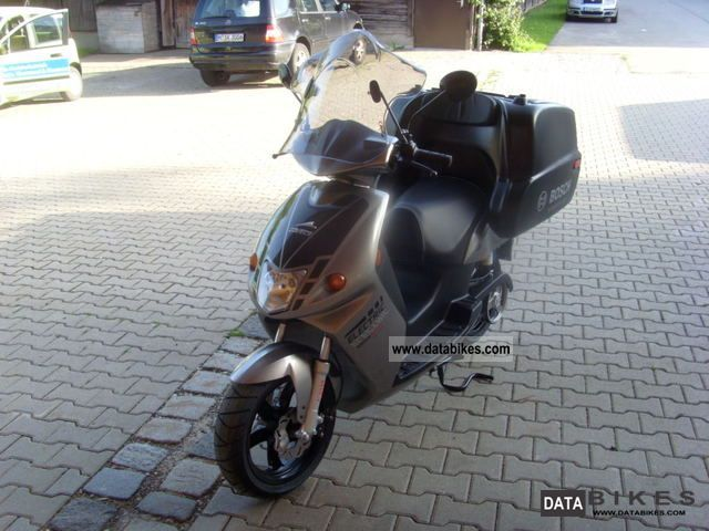 Other  GOVECS G 1.2 2012 Electric Motorcycles photo