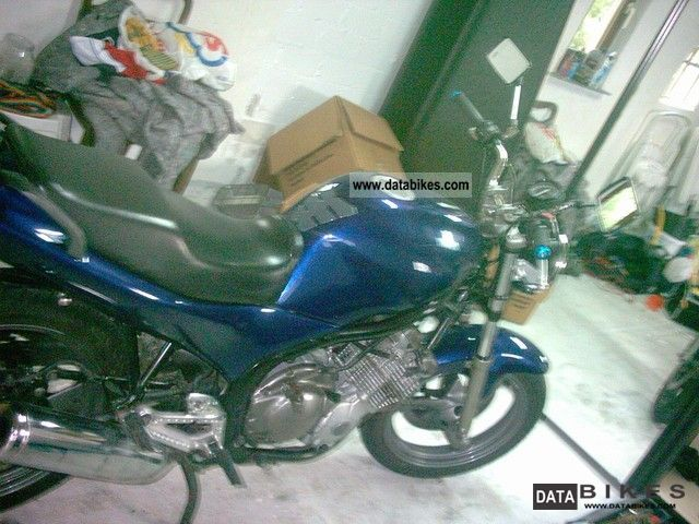 1995 Jawa  Yamaha XJ600 Motorcycle Naked Bike photo