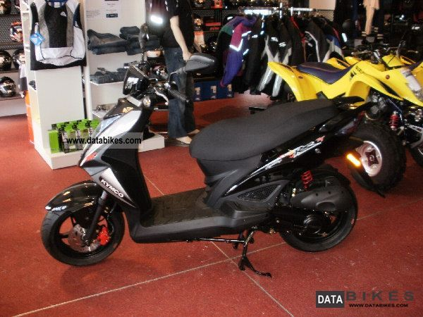 Kymco  AGILITY 50 NAKED 2012 Scooter photo