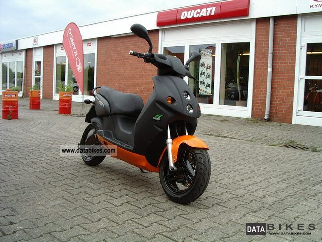 e-max  110 electric scooter new model 2012 2012 Electric Motorcycles photo