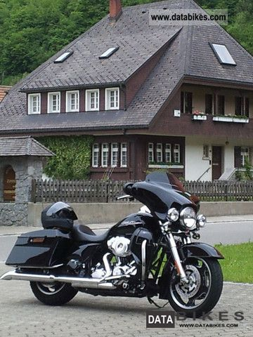 2011 Harley Davidson  FLHX Street Glide Motorcycle Tourer photo
