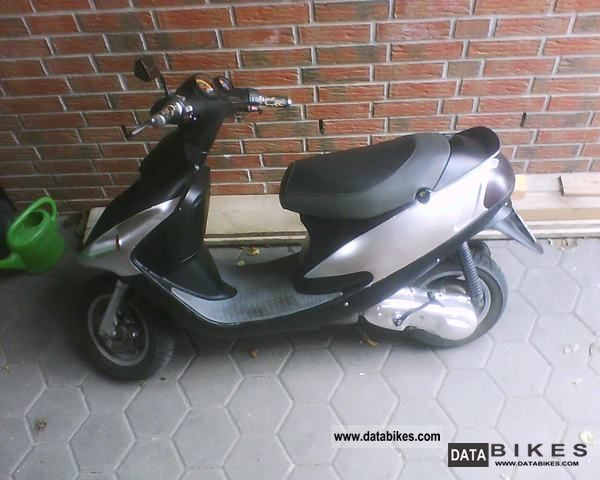 1997 Malaguti  F10 Motorcycle Scooter photo