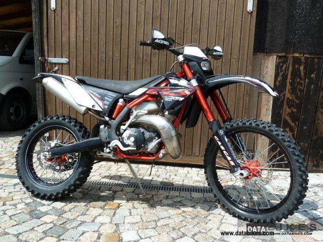 2011 Gasgas  EC 250 Motorcycle Enduro/Touring Enduro photo