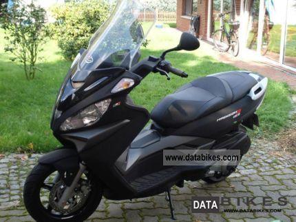 Malaguti Matt Black Like New Only Km Madison Lgw on Morini Moped Gyromat