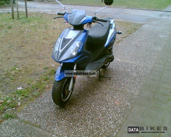 2008 Rieju  Samba Motorcycle Scooter photo