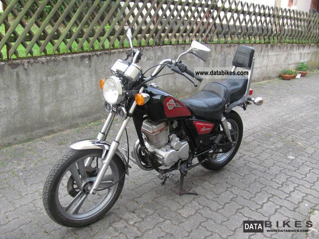 1996 Daelim  Advance Motorcycle Chopper/Cruiser photo