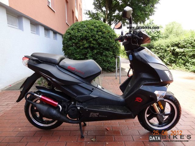 2010 Baotian  GS Racer 2 Motorcycle Scooter photo