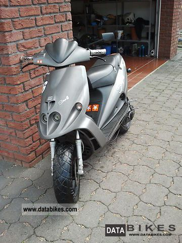 2000 Malaguti  Phantom F12 Motorcycle Motor-assisted Bicycle/Small Moped photo