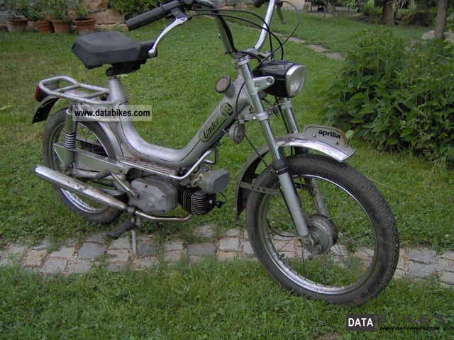 1982 Aprilia  Under 18 Motorcycle Motor-assisted Bicycle/Small Moped photo