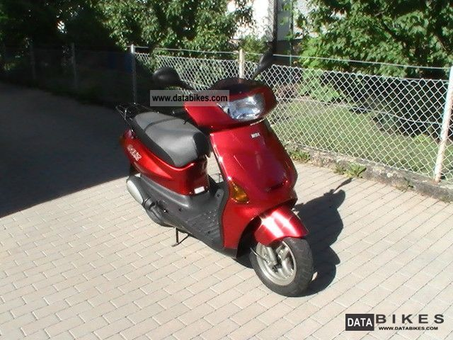 1997 MBK  Evolis 50 Motorcycle Scooter photo