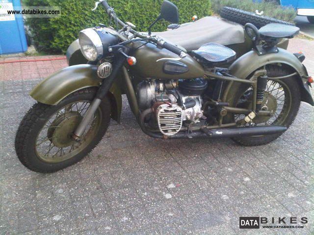 1968 Ural  Dnepr K-750 Motorcycle Combination/Sidecar photo