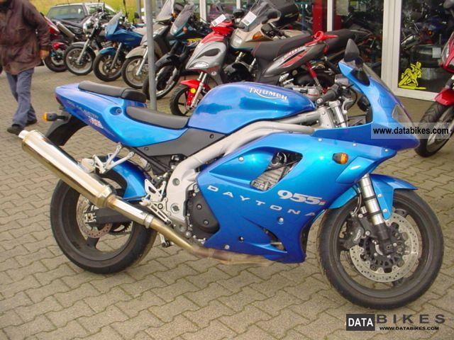 2004 Triumph  955i Motorcycle Sports/Super Sports Bike photo