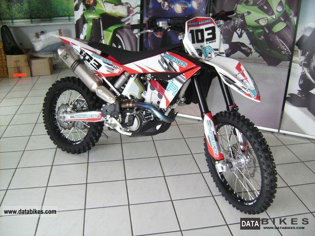 Husqvarna  TC 449 2011 Motorcycle photo