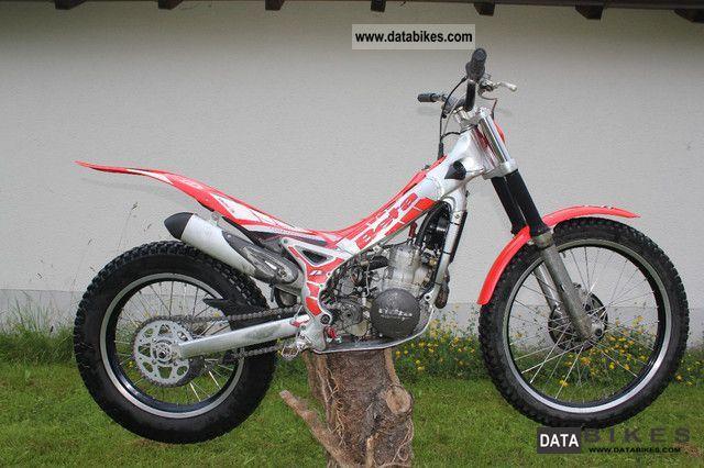 2008 Beta  REV 3 Motorcycle Rally/Cross photo