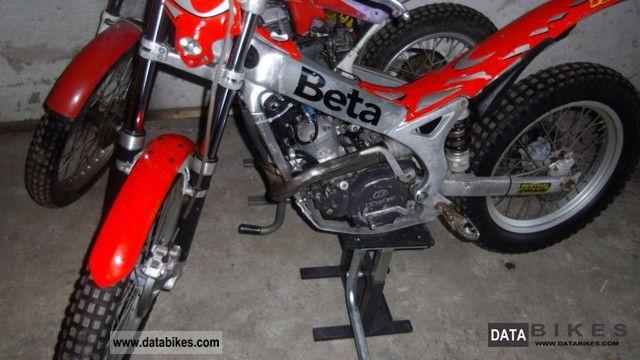 2004 Beta  Trial Motorcycle Dirt Bike photo