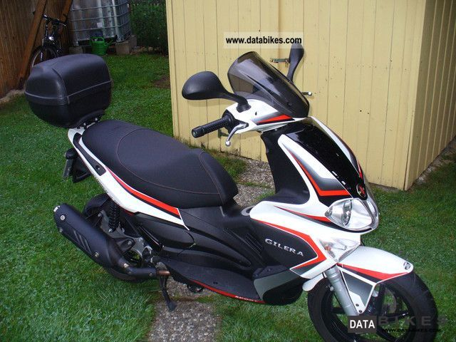 2011 Gilera  runner Motorcycle Scooter photo