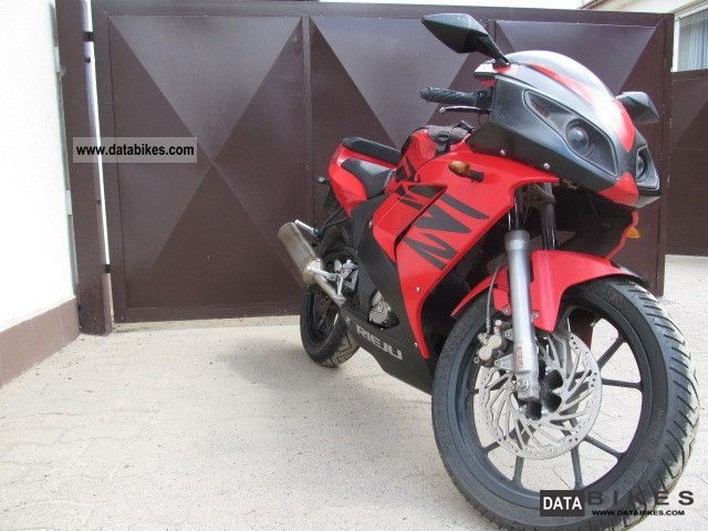 2006 Rieju  RS125 Motorcycle Lightweight Motorcycle/Motorbike photo