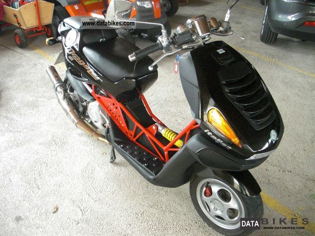 2003 Italjet  Dragster 125 Motorcycle Scooter photo