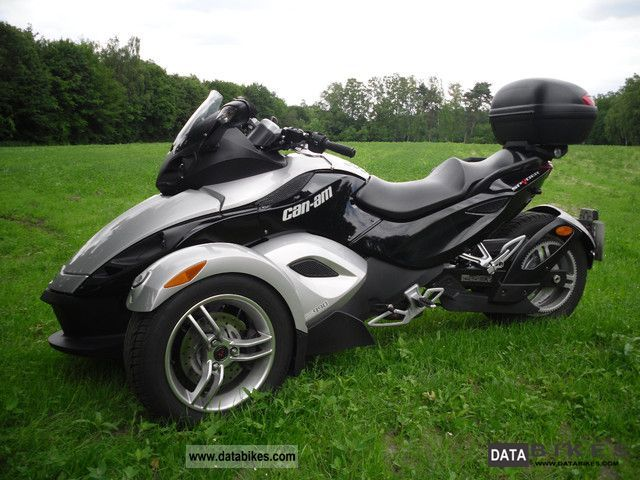 Bombardier  Can Am Spyder 2008 Trike photo