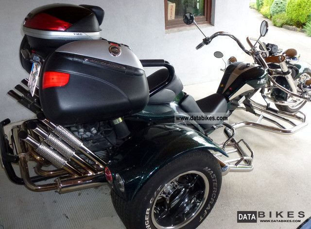 2009 Boom  Lowrider Basic 3i Motorcycle Trike photo