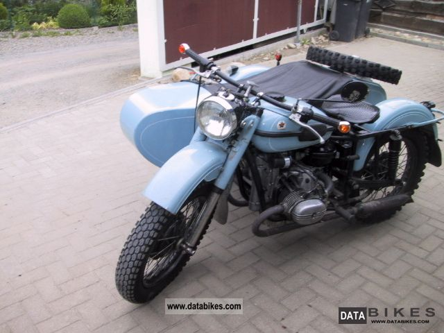 1994 Ural  650 Motorcycle Combination/Sidecar photo