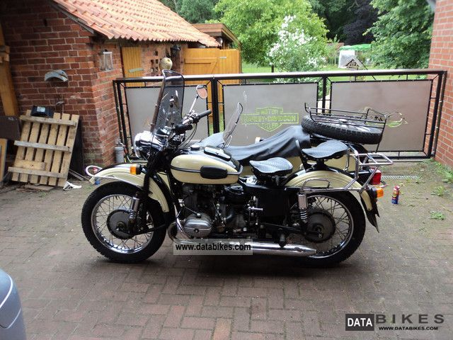 1999 Ural  650 Motorcycle Combination/Sidecar photo