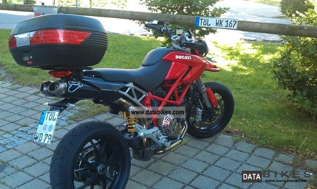 2007 Ducati  1100 Hypermotard Motorcycle Streetfighter photo