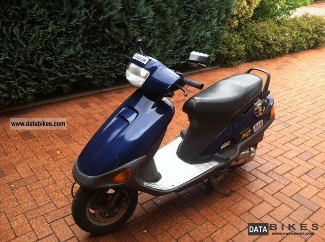 1994 Honda  Bali Motorcycle Scooter photo
