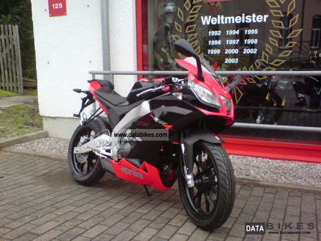 Aprilia  RS4 2012 Lightweight Motorcycle/Motorbike photo