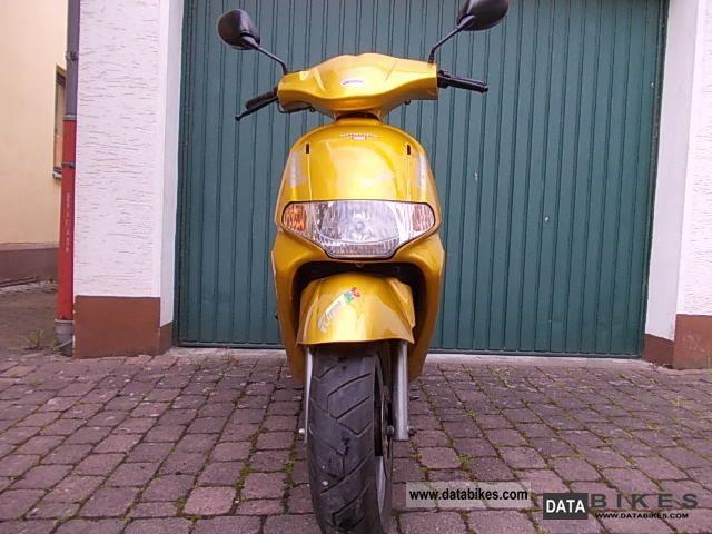 2006 Derbi  Atlantis Motorcycle Scooter photo