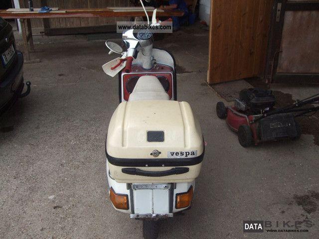 1987 Piaggio  Vespa Motorcycle Scooter photo