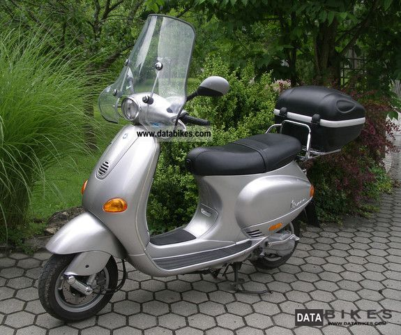 Piaggio  ET4 1998 Scooter photo