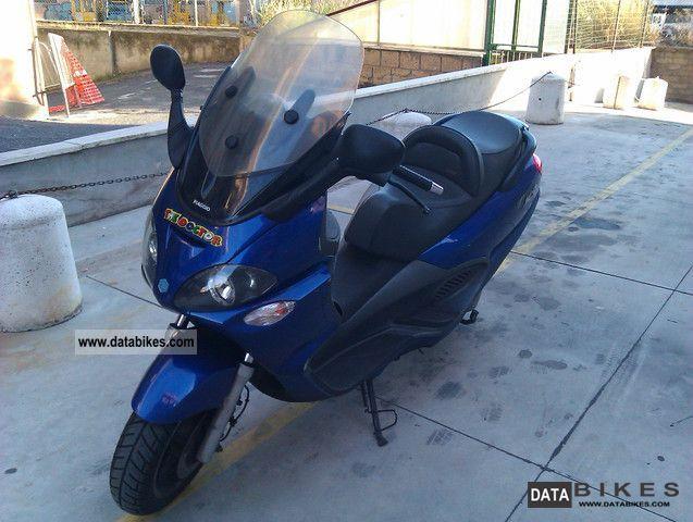 2002 Piaggio  X9 250cc - UNICO Proprietario Motorcycle Scooter photo