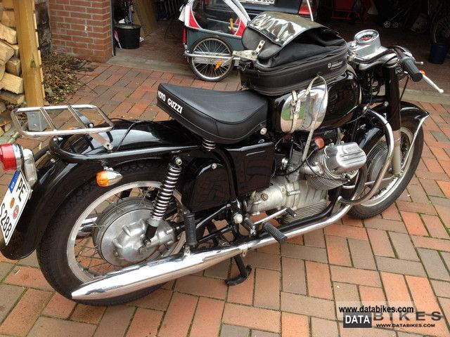 Moto Guzzi  V7 700 1968 Vintage, Classic and Old Bikes photo