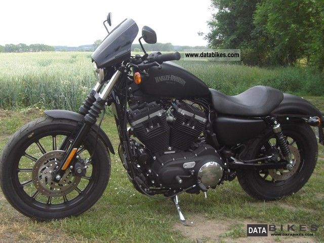 2012 Harley Davidson  Sportster Iron 883 chopper matt black as new Motorcycle Chopper/Cruiser photo