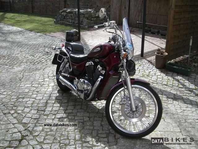 2000 Suzuki  Intruder Motorcycle Chopper/Cruiser photo