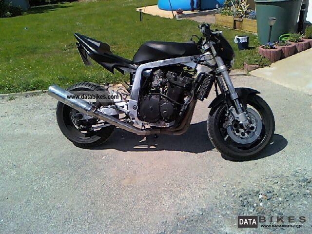 1990 Suzuki  GSXR Motorcycle Streetfighter photo
