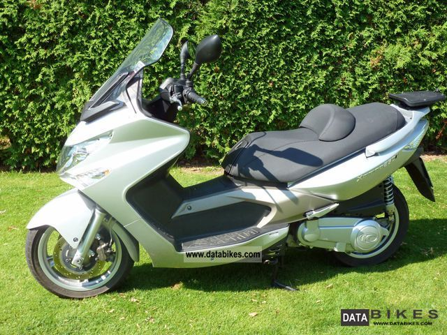 2007 Kymco  Xciting 250i Motorcycle Scooter photo