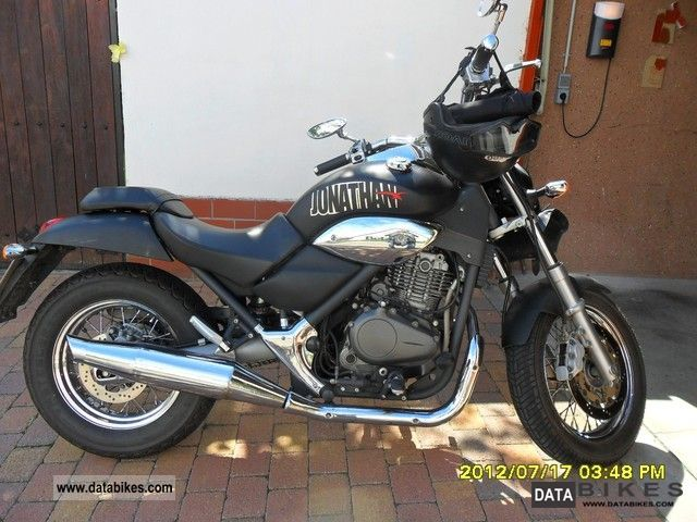 2002 Beta  Jonathan Motorcycle Chopper/Cruiser photo