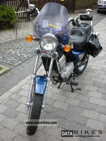 2001 Hyosung GA 125 Cruise 2 choppers, technical approval